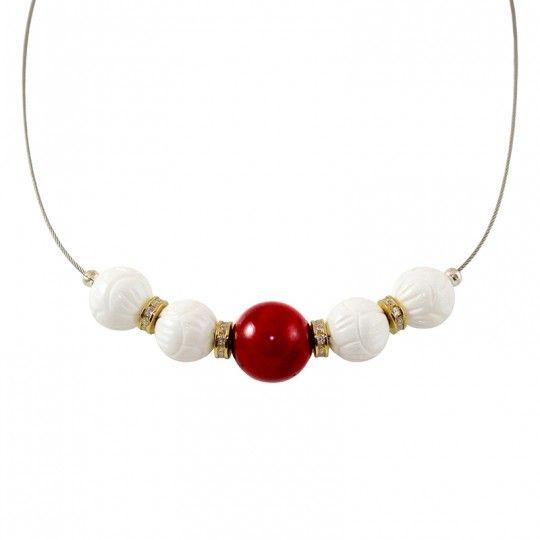 Collier perles de Corail et bénitier