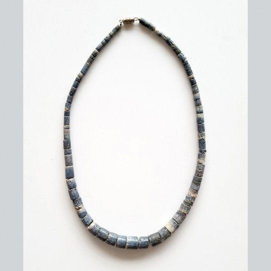 Collier corail bleu