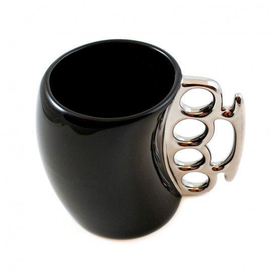 "Mug noir en poing Américain ""CDZOM"""
