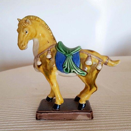 Cheval Chinois en céramique